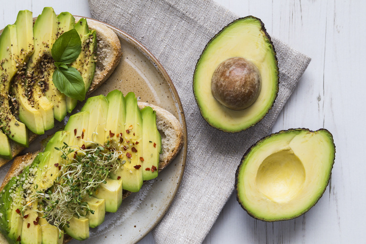 Avocados - one of the 8 essential superfoods for weight loss | the Progress app